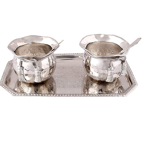 Silver plated set of 2 bowls, Spoon and a Tray