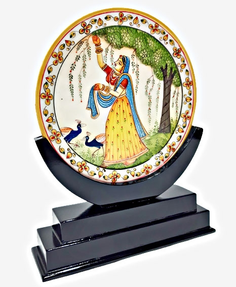 Marble Plate Showpiece