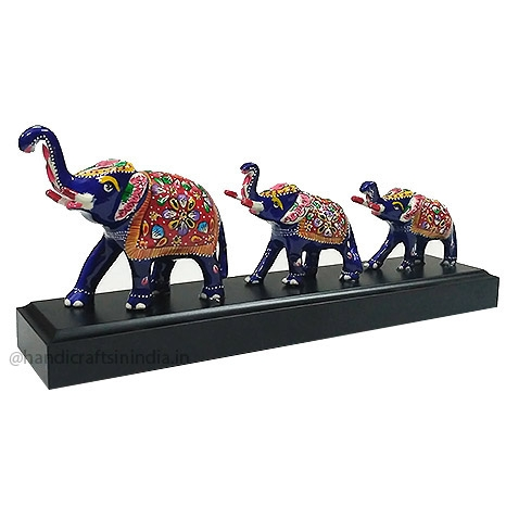 Metal Meenakari Elephant set of 3pc