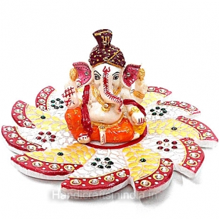 Marbel Painted Pagdi Ganesh on Lotus Plate
