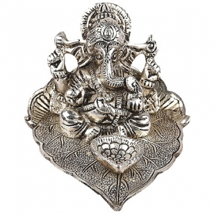 White Metal Pipal Ganesh with Diya