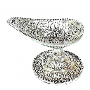 Metal Chirag Diya - Pack of 4pc