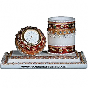 Marble pen holder & clock