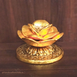 Metal Rose Incense Holder (Golden)