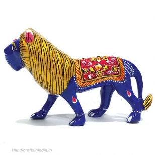 Metal Painted Lion 5 inch Length