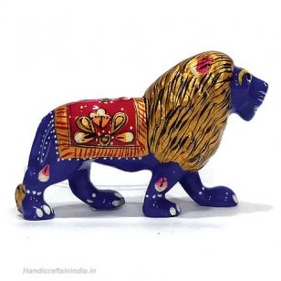 Metal Lion Painted 4 Inch Length