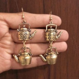 Golden Ketli (tea kettle) Earring