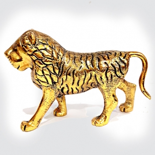 White Metal Lion Statue (Golden)