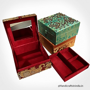Zardosi Makeup Box  6x6