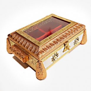 Traditional Wooden Dry Fruit Box – Transparent