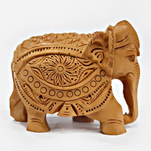 Elegant Carved Elephant Statue – 8cm Height