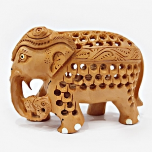 Wooden Decorative Elephant – 8cm Height